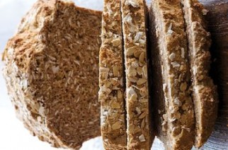 WALNUT WHEAT BREAD