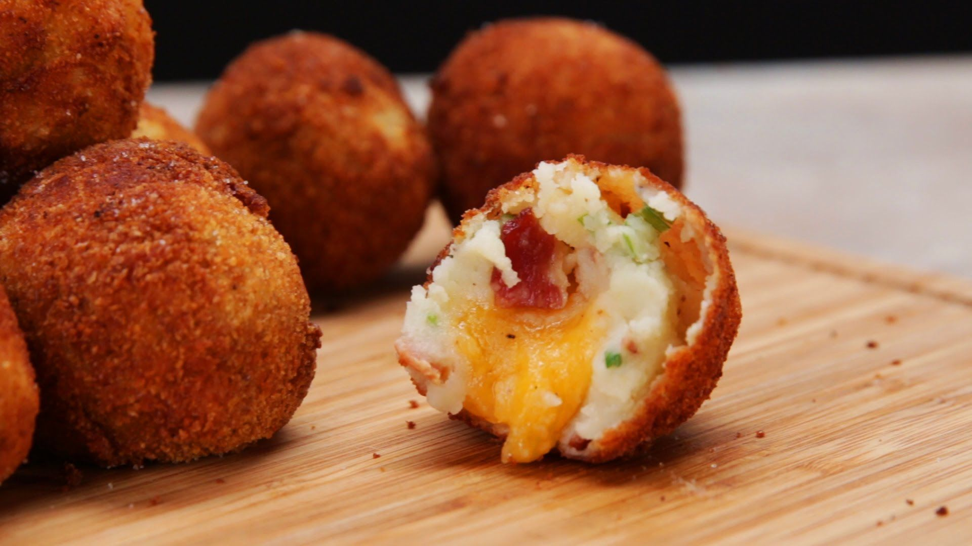 CHEESE-STUFFED MASHED POTATO BALLS